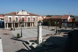 Plaza Mayor de Viana de Cega